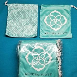 25 Kendra Scott Draw string bags